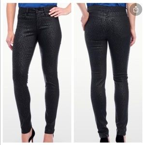NYDJ Alina Black Coated Chevron Leggings Pants